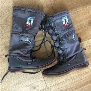 Pajar nylon boots